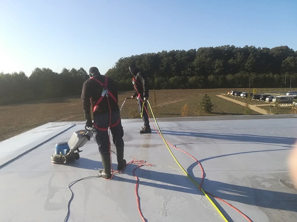 Nettoyage industriel toit terrasse